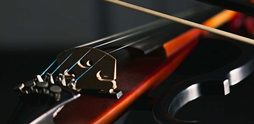 Best Electric Violin Featured Image - Orchestra Source