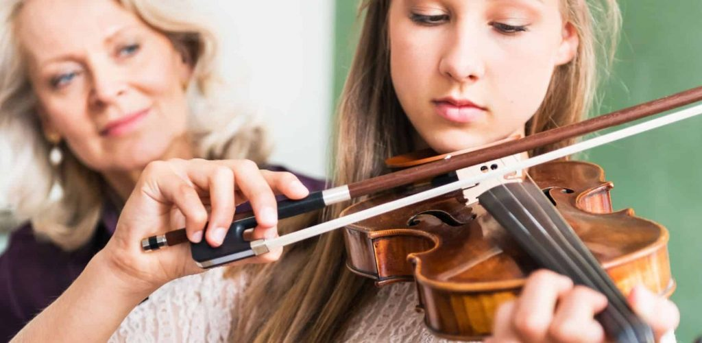 Tips for Beginning Violin Players Featured Image